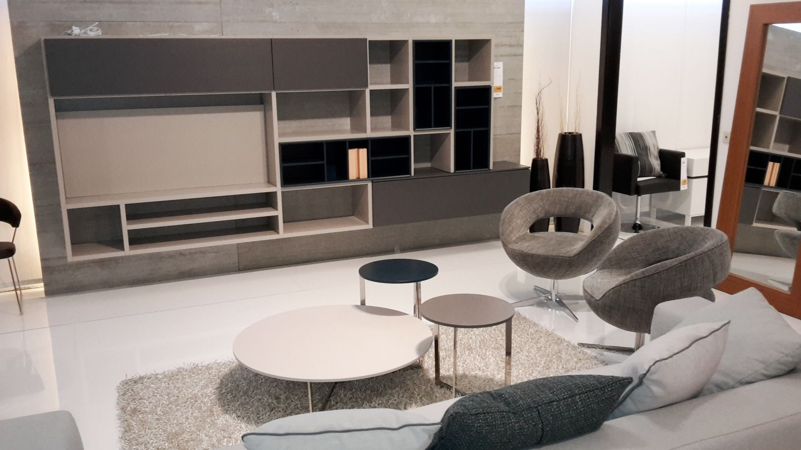 Parete soggiorno laccato piombo grigio e petrolio casa for Arredo ingross 3
