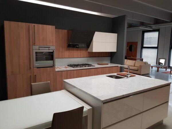 Cucina Levante by Snaidero